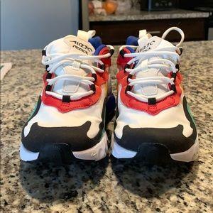 Nike air 270 reacts !